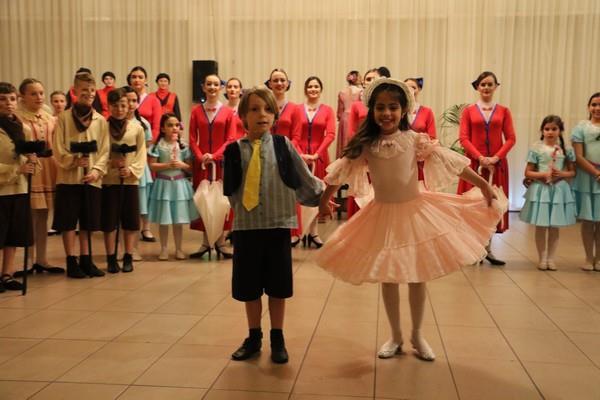 Θεατρική παράσταση- το μέλος της